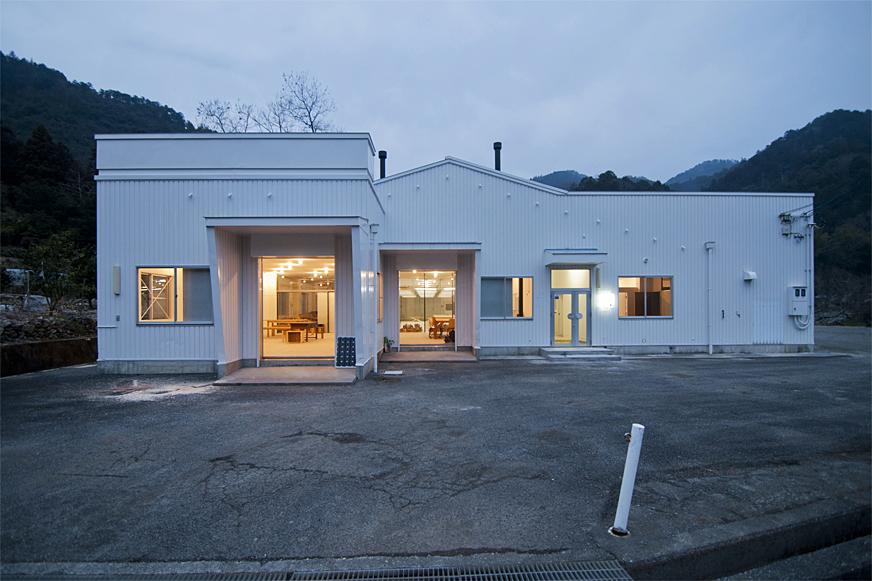 872 — 872 × 581 Works | 坂東幸輔 徳島県神山町「空家町屋プロジェクト」